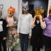 Lapsed enda meisterdatud maskidega